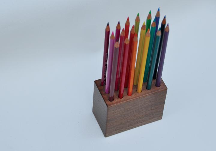 displayblock-coloredpencils2